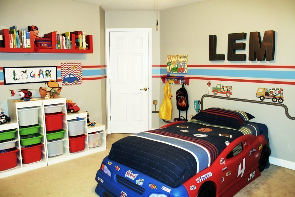 Car truck theme toddler room ideas a space to call home for Car bedroom ideas for boys