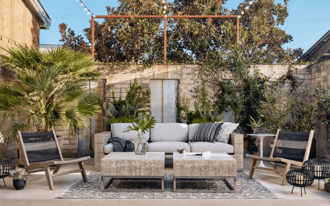 Mix and Match Outdoor Furniture Materials